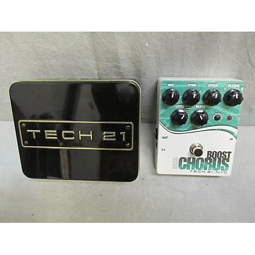 Tech 21 CHRB Boost Chorus Bass Bass Effect Pedal-thumbnail