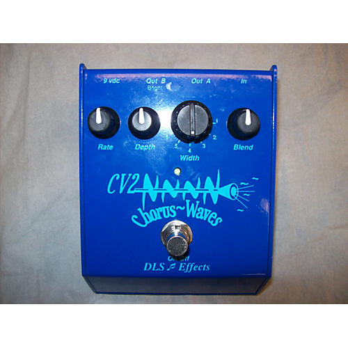In Store Used CV2 CHORUS WAVES Effect Pedal