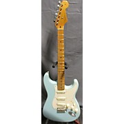 Fender Classic Series 1950S Stratocaster Solid Body Electric Guitar
