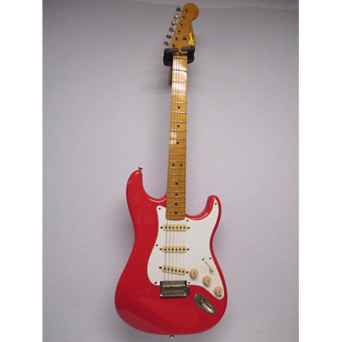 Squier Classic Vibe Stratocaster Solid Body Electric Guitar-thumbnail