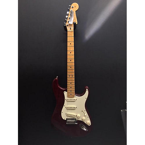 Fender Custom Classic Stratocaster Solid Body Electric Guitar