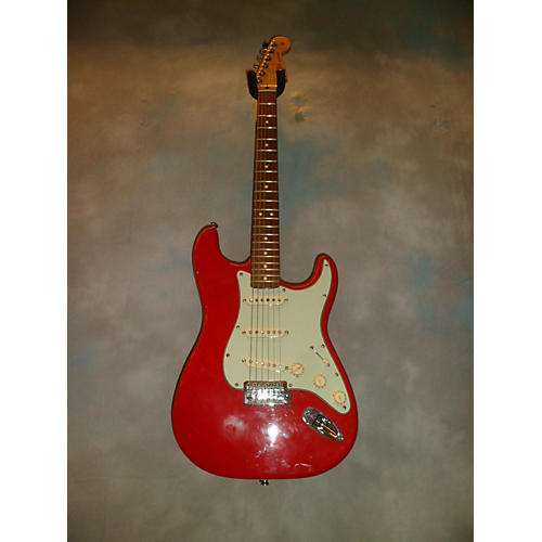 Fender Custom Classic Stratocaster Solid Body Electric Guitar-thumbnail