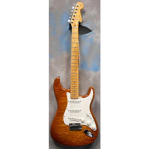 Fender Custom Shop Deluxe QMT Stratocaster Solid Body Electric Guitar