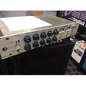 Pre-owned Summit Audio DCL-200 Compressor by Summit Audio