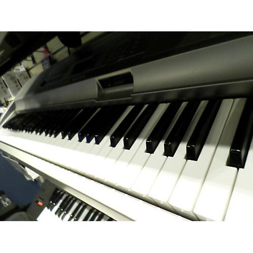 Yamaha DGX300 Keyboard Workstation-thumbnail