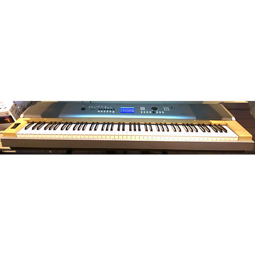Yamaha DGX630 Keyboard Workstation
