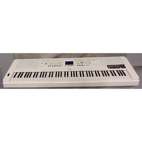 Yamaha DGX650 88 Key Portable Keyboard-thumbnail