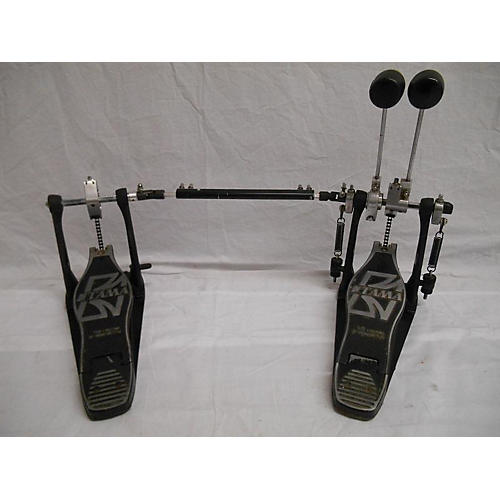used tama double bass single chain pedal double bass drum pedal guitar center. Black Bedroom Furniture Sets. Home Design Ideas