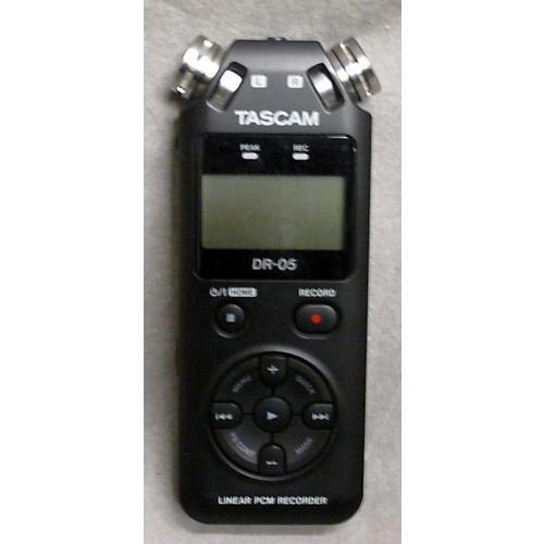 Tascam DR05 MultiTrack Recorder-thumbnail