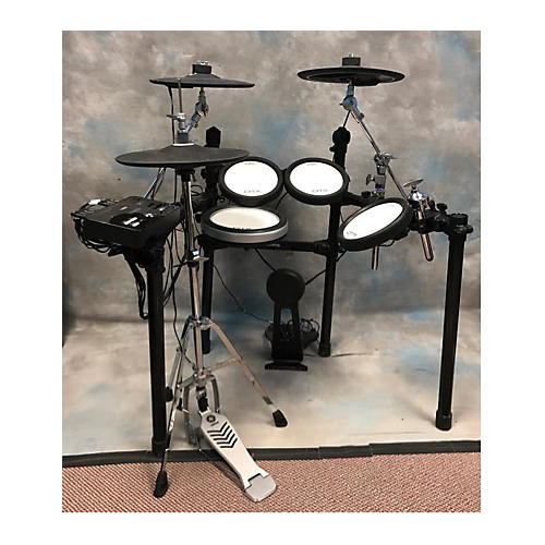 Used yamaha dtx500 series electric drum set guitar center for Electric drum set yamaha