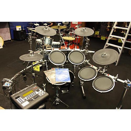 Used yamaha dtxtreme iii electric drum set guitar center for Electric drum set yamaha