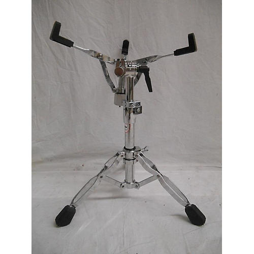 used dw dwcp9300 snare stand guitar center. Black Bedroom Furniture Sets. Home Design Ideas