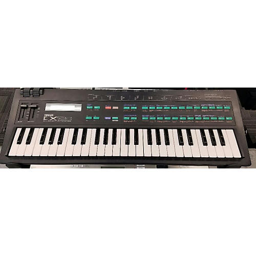Yamaha DX100 Synthesizer-thumbnail