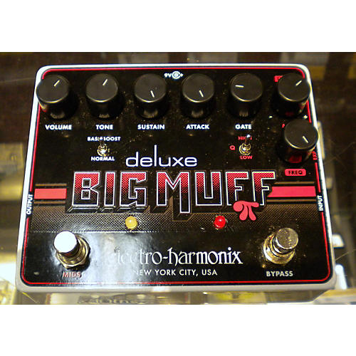 Electro-Harmonix Deluxe Big Muff Black And White Effect Pedal-thumbnail