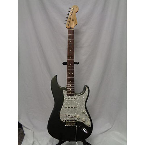 Fender Deluxe Powerhouse Stratocaster Solid Body Electric Guitar-thumbnail