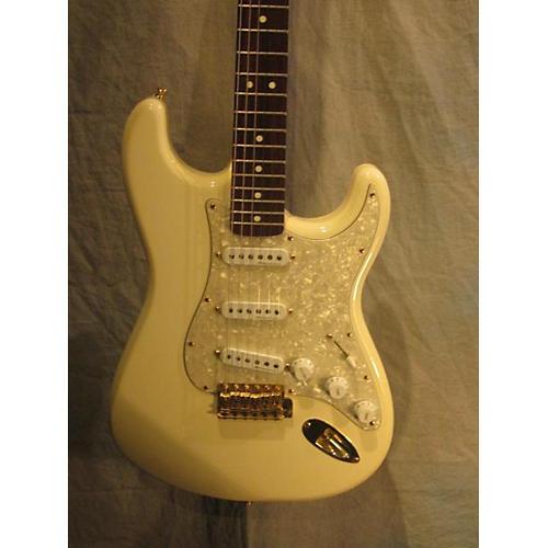 Fender Deluxe Series Stratocaster-thumbnail