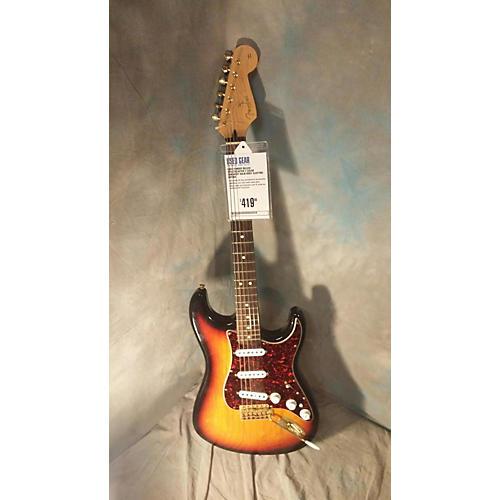 Fender Deluxe Stratocaster Solid Body Electric Guitar 2 Color Sunburst