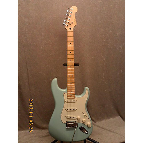 Squier Deluxe Stratocaster Solid Body Electric Guitar