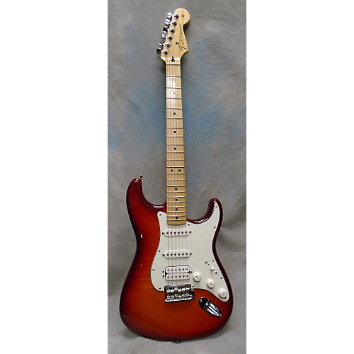 Fender Deluxe Stratocaster With /IOS Solid Body Electric Guitar Cherry Sunburst