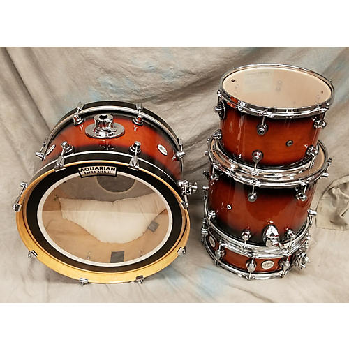 used dw design series drum kit guitar center. Black Bedroom Furniture Sets. Home Design Ideas