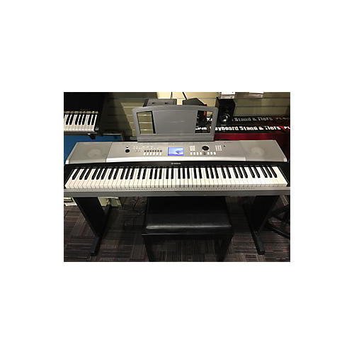 Yamaha Dgx-520 Portable Keyboard-thumbnail