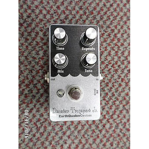 Earthquaker Devices Disaster Transport JR Delay Effect Pedal