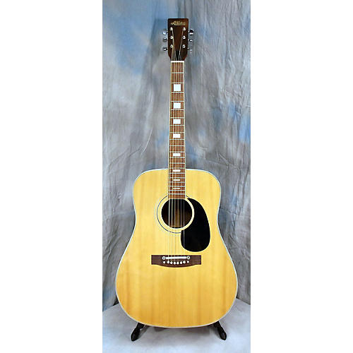 In Store Used Dread Acoustic Guitar-thumbnail