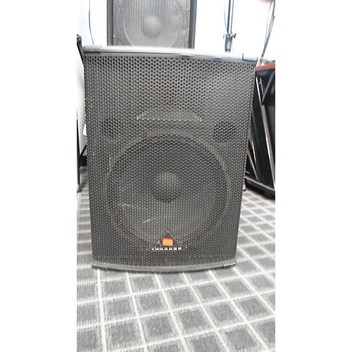 Behringer E1520A 15in 2-Way Powered Speaker