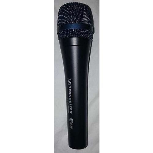 used sennheiser e935 dynamic microphone guitar center. Black Bedroom Furniture Sets. Home Design Ideas