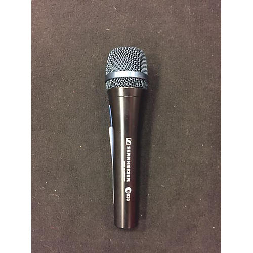 In Store Used E935. Dynamic Microphone