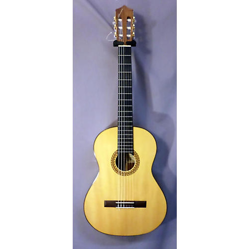 In Store Used Estudio Classical Acoustic Guitar-thumbnail