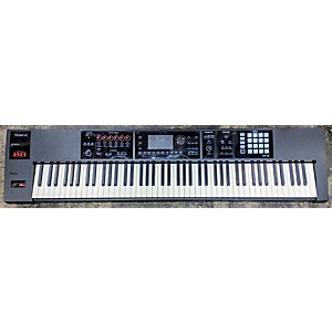 Pre-owned Roland FA08 Keyboard Workstation