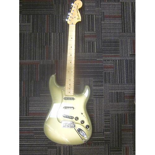 Fender FSR Standard Stratocaster Solid Body Electric Guitar-thumbnail