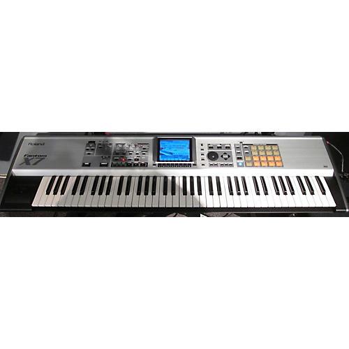 used roland fantom x7 76 key keyboard workstation guitar center. Black Bedroom Furniture Sets. Home Design Ideas