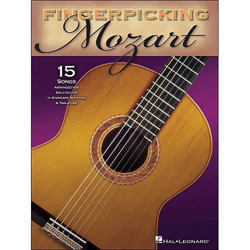 Hal Leonard Fingerpicking Mozart 15 Pieces Arranged for Solo Gtr In Standard Notation & Tab