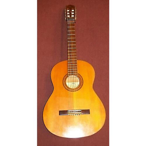 Yamaha G-225 Classical Acoustic Guitar-thumbnail