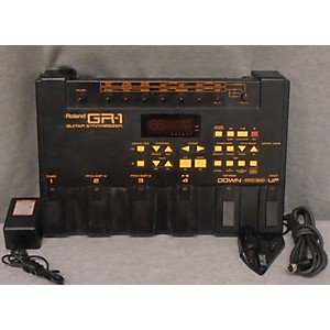Pre-owned Roland GR-1 Guitar Synthesizer Pedal Board