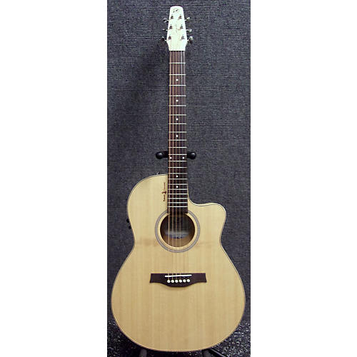 Seagull Heart Of The Wild CW Folk T 35 Acoustic Electric Guitar