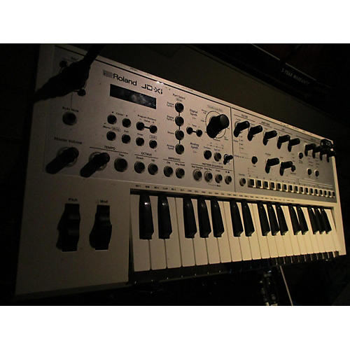 Roland JDXI LIMITED EDITION WHITE Synthesizer-thumbnail