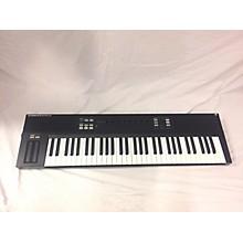 Native Instruments Komplete Kontrol S61 MIDI Controller