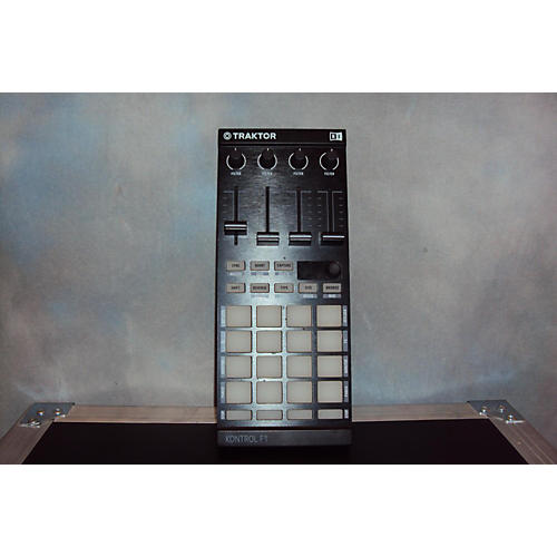Native Instruments Kontrol F1 DJ Controller-thumbnail