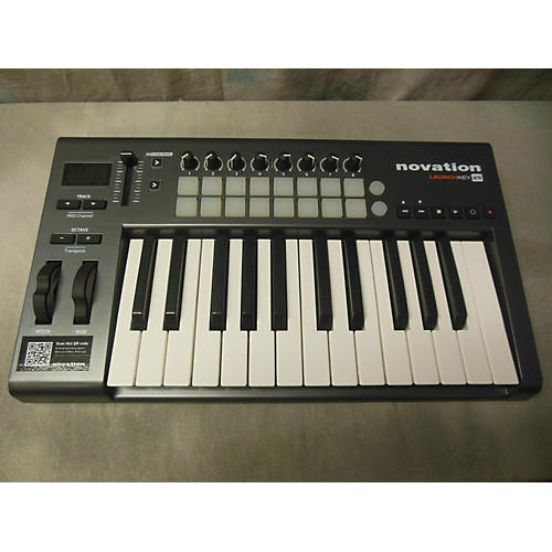 Novation LAUCHKEY 25 Keyboard Workstation-thumbnail