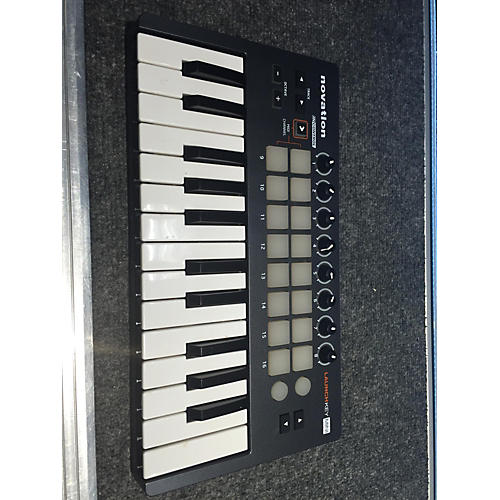 Novation Launchkey 25 Key MIDI Controller-thumbnail