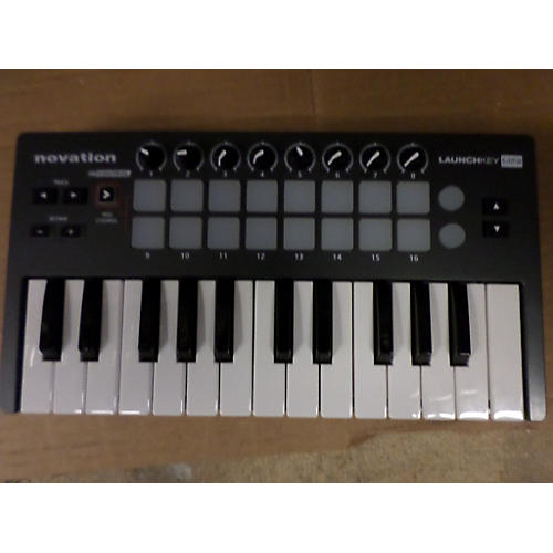 Novation Launchkey Mini MIDI Controller-thumbnail