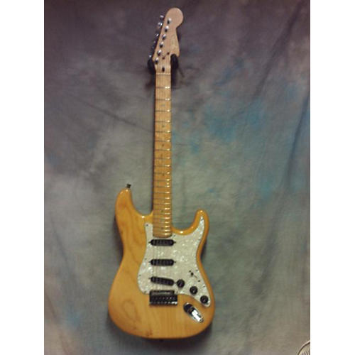 Fender Lite Ash Stratocaster Solid Body Electric Guitar-thumbnail