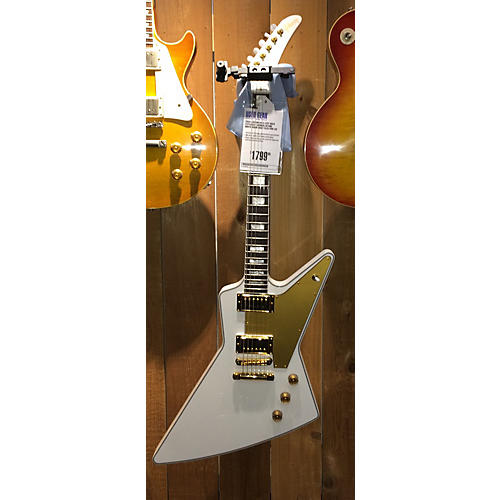 Gibson Lzzy Hale Explorer (Signed) Alpine White Solid Body Electric Guitar Alpine White