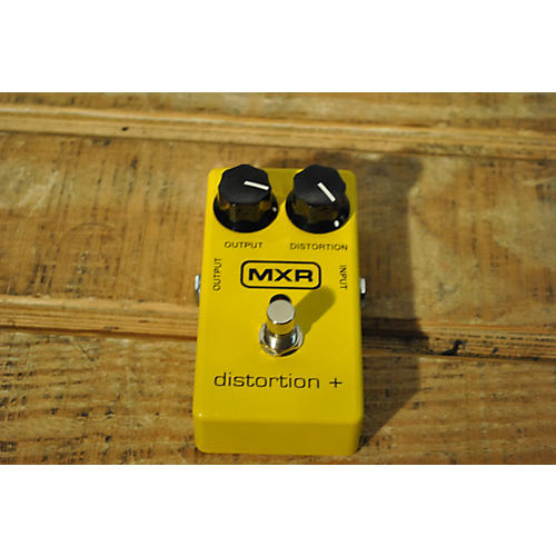 MXR M104 Distortion Plus Effect Pedal-thumbnail