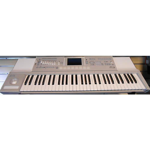 Korg M3 61 Key Alpine White Keyboard Workstation-thumbnail