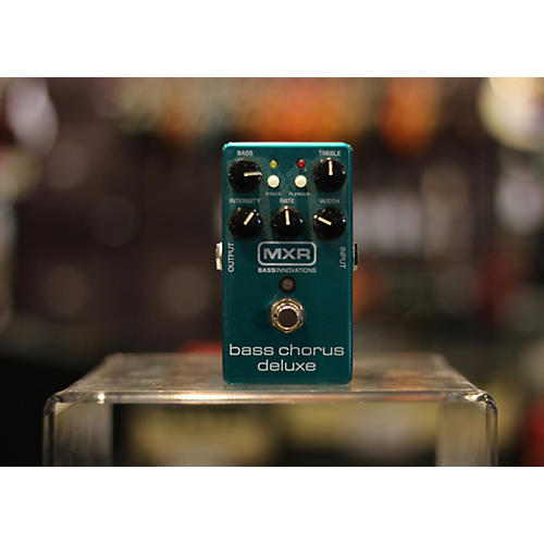 MXR M83 Bass Chorus Deluxe Bass Effect Pedal
