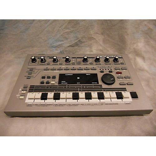 Roland MC303 Synthesizer-thumbnail